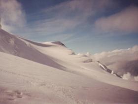 Sjezd po ledovci z Blancu